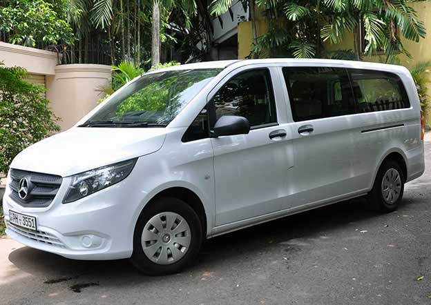 Mercedes Vito Luxury 5 + 2 Passenger