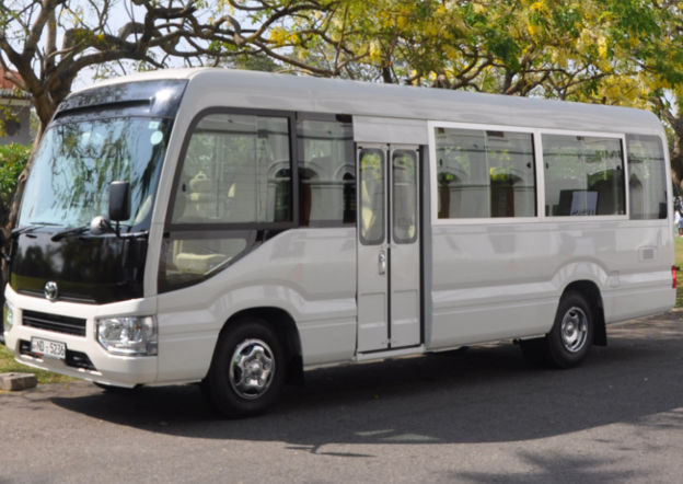 TOYOTA COASTER LUXURY 29 SEATER