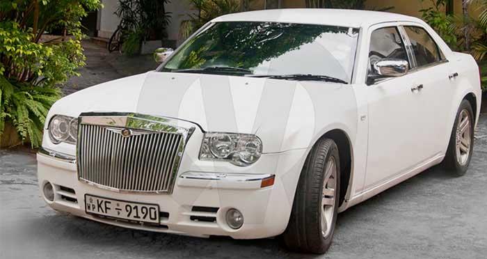 Chrysler 300C (Rolls Royce Facelift)