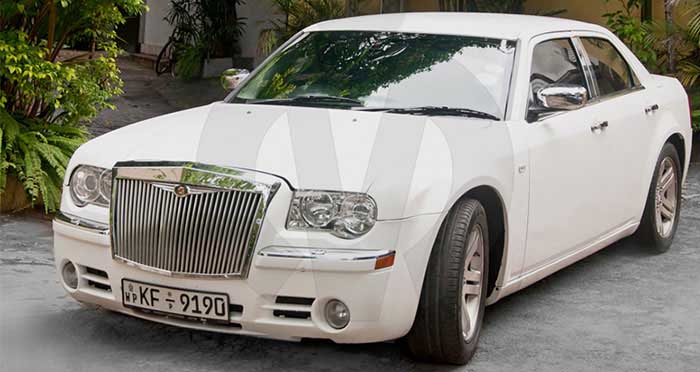 Chrysler 300C (Rolls Royce Facelift)